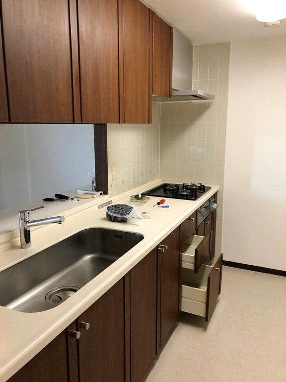 ツインエルシティ千葉2番館 316号室のキッチン