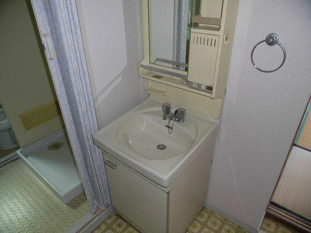 アーバンフジミ 302号室の洗面所