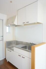グリーンハウス 201号室のキッチン
