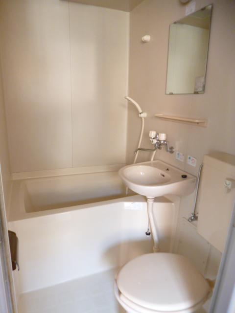コーポ神田 201号室のトイレ