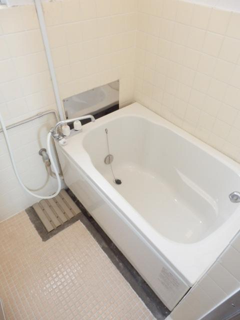 コーポ竹山A棟 301号室の風呂