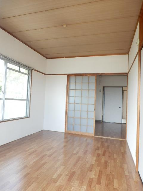 コーポ竹山A棟 301号室のベッドルーム