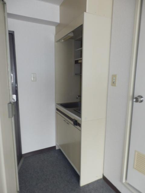 サンセット八事 605号室のキッチン