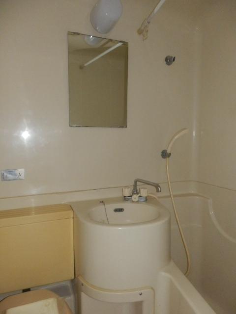 サンセット八事 605号室の洗面所