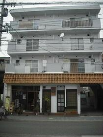 fメゾン堀田 303号室の外観