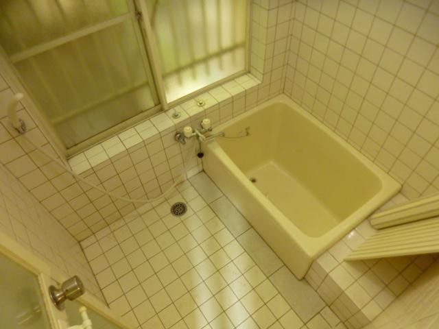 鴨江住宅の風呂