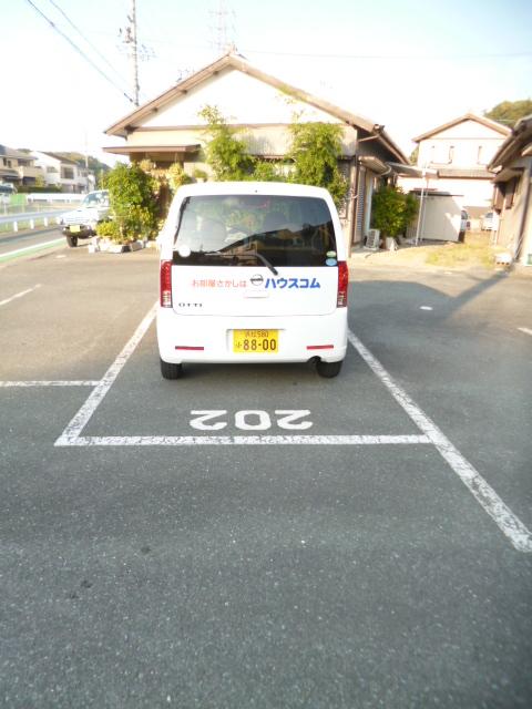 ドリームハイツカワセⅠ 202号室の駐車場