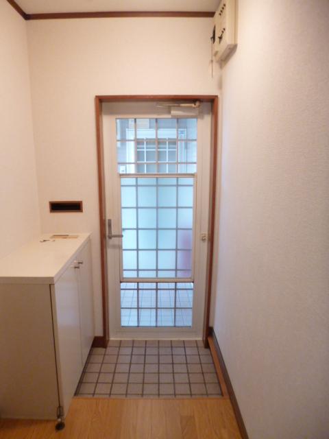 ドリームハイツカワセⅠ 202号室の玄関