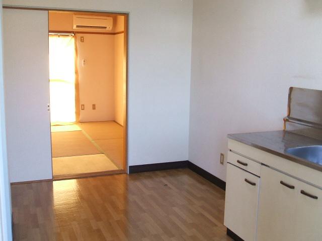 スプレンダー 204号室のキッチン