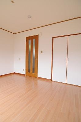 MakanaⅡ 103号室のリビング