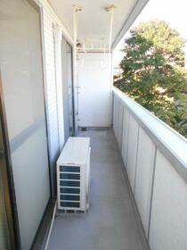 小林アパート 0203号室の玄関