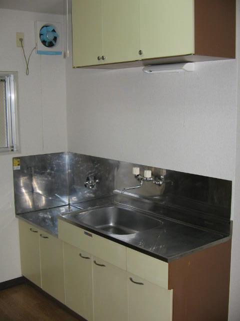 コーポシルクロード 209号室のキッチン