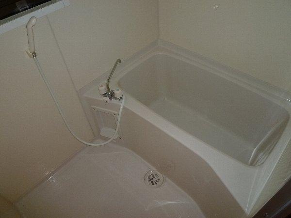 福田マンション 303号室の風呂