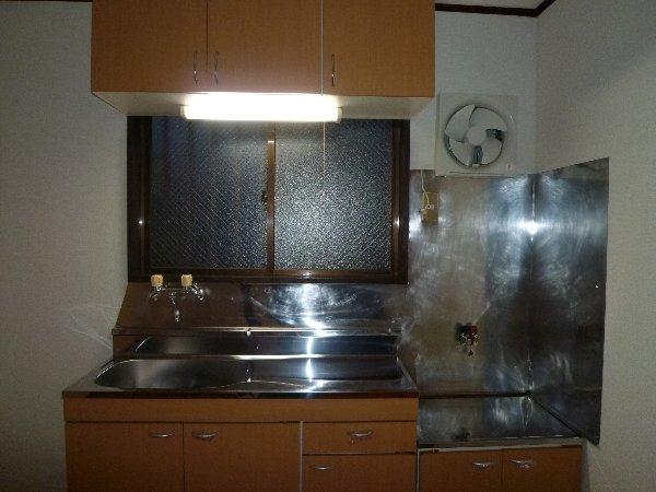 福田マンション 303号室のキッチン