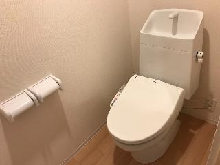 君津市大和田3丁目新築アパートA棟 106号室のトイレ