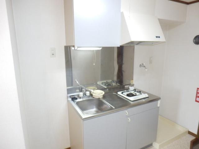 メルヴェーユA 303号室のキッチン