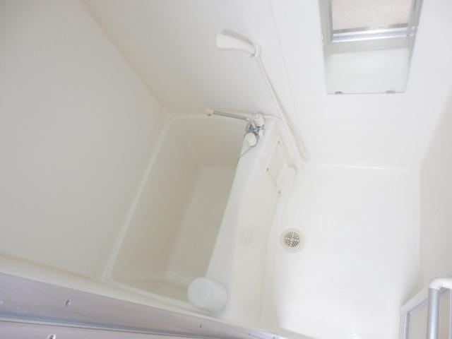メルヴェーユA 303号室の風呂