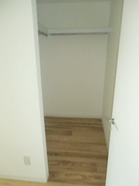 エビラヤビル 406号室の収納