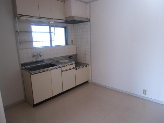 サンライト東刈谷 C406号室のキッチン
