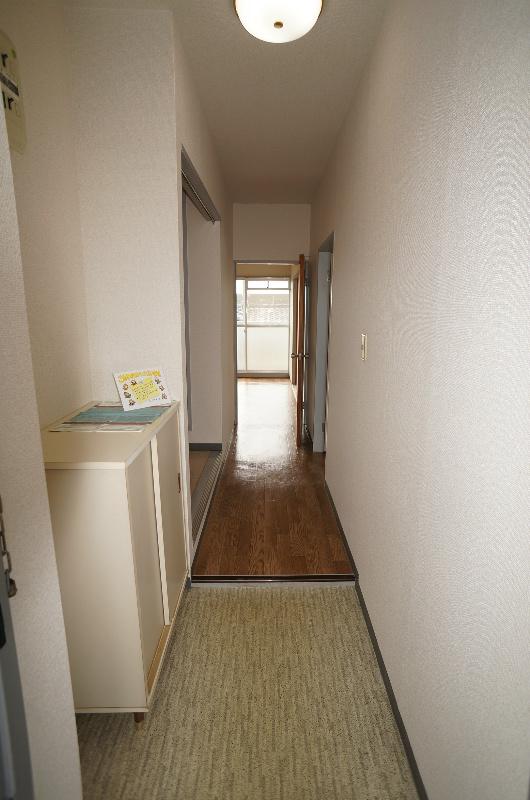 ひかりマンション 308号室の玄関