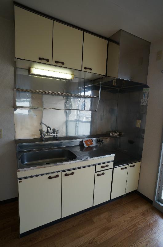 ひかりマンション 308号室のキッチン