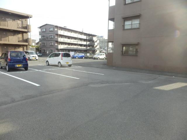 ラ・セフィーロⅡ 202号室の駐車場