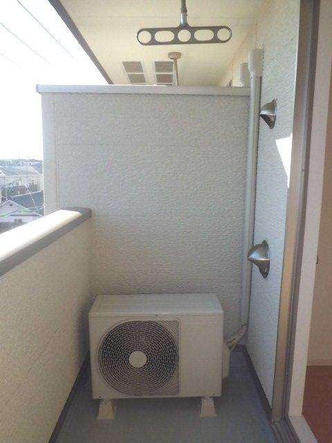 聖(ひじり) 03010号室のバルコニー