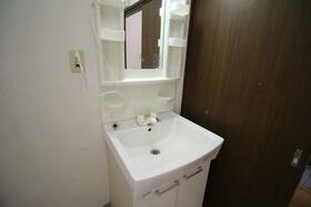 ファミリープラザD 102号室の洗面所
