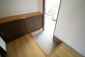 ファミリープラザD 102号室の玄関