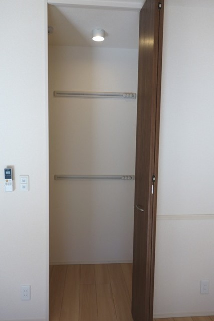 Lumiere Maruju 102号室の収納