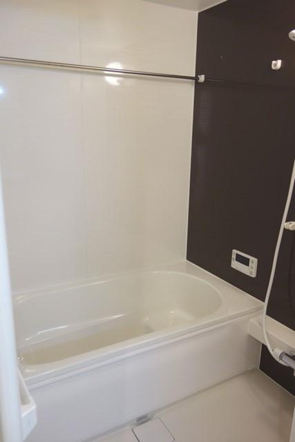 Lumiere Maruju 102号室の風呂