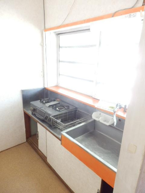 ミドリ荘 8号室のキッチン
