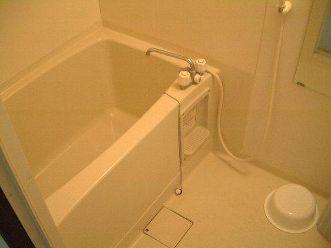 ミドリ荘 8号室の風呂
