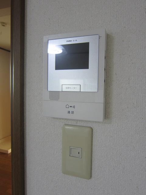 サンコーポヤマブン 201号室のセキュリティ