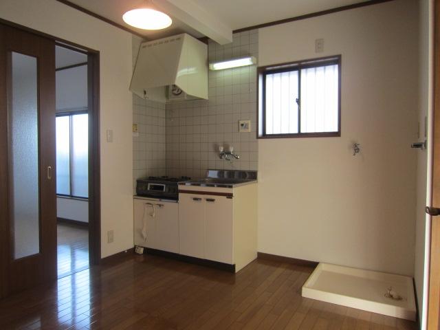 サンコーポヤマブン 201号室のキッチン