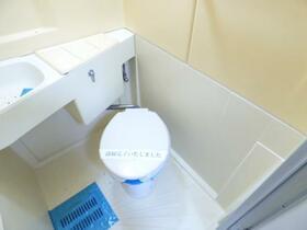 ヴェール ヴィオレ 0102号室のトイレ