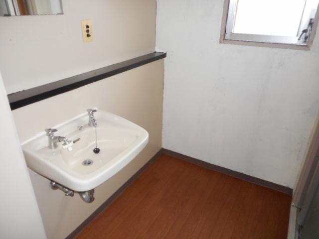 鎌ヶ谷グリーンハイツ23号棟 410号室の洗面所
