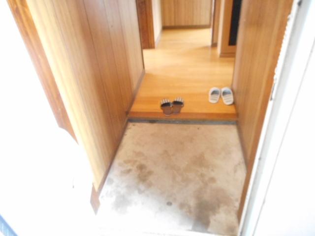 鎌ヶ谷グリーンハイツ23号棟 410号室の玄関