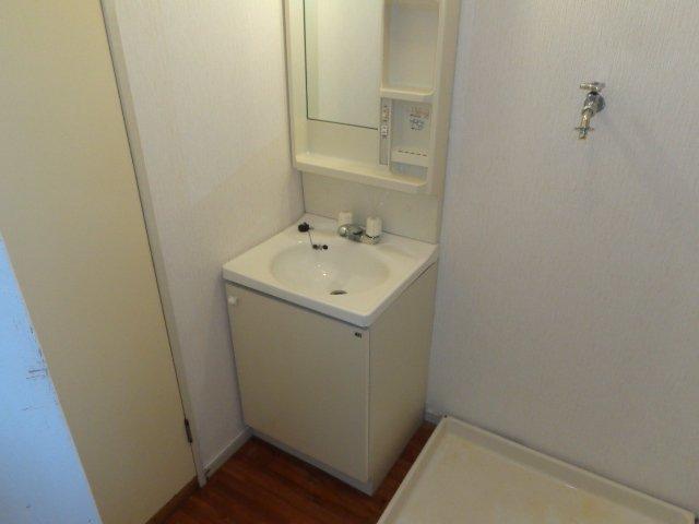 エルモリカワ 00102号室の風呂