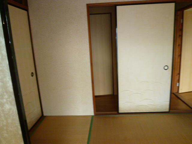 道野辺サンハイツ 206号室の居室