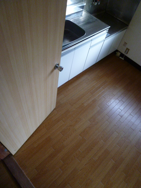 道野辺サンハイツ 206号室のキッチン