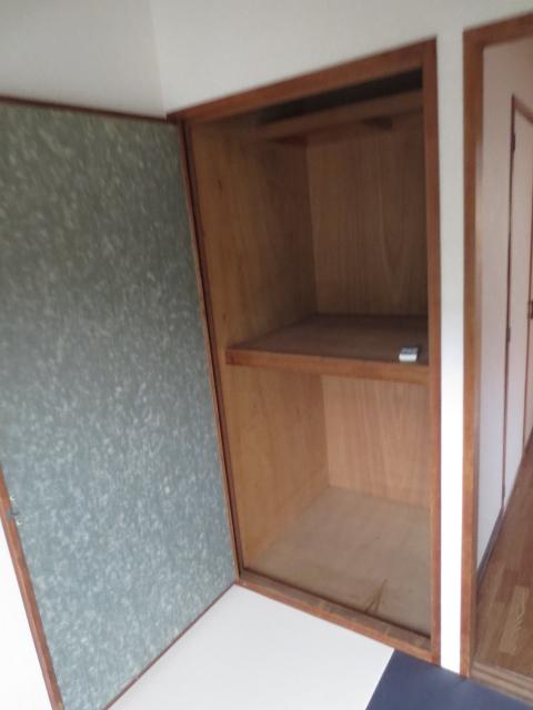 ハイムレジデンス奥沢 203号室の収納