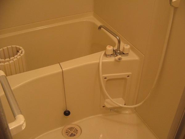 スパツィアーレ三軒茶屋 403号室の風呂