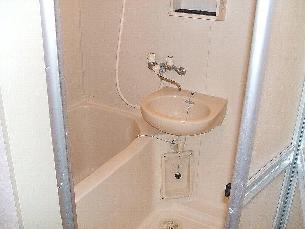 ハイム加陽 201号室の風呂