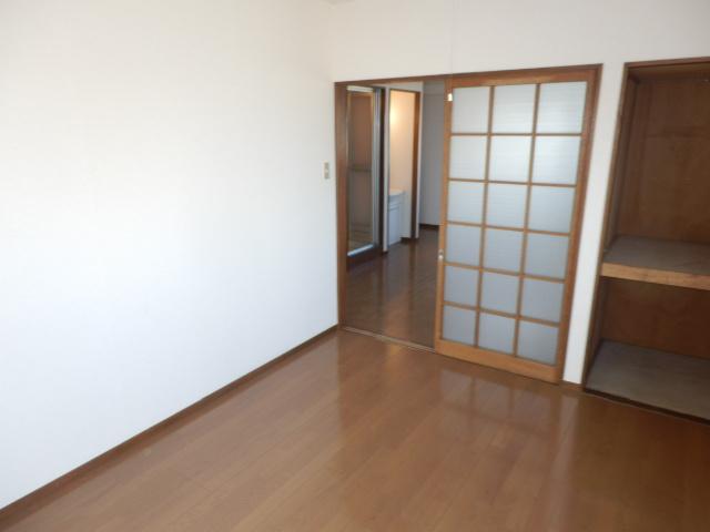 コーポ玉川 403号室のリビング