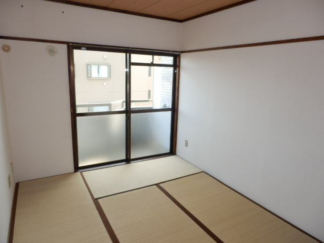 コーポ玉川 403号室のベッドルーム