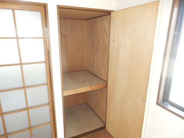 コーポ玉川 403号室の収納