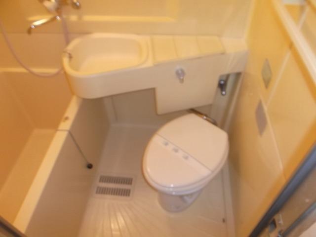 ヴィラテレサ 101号室のトイレ