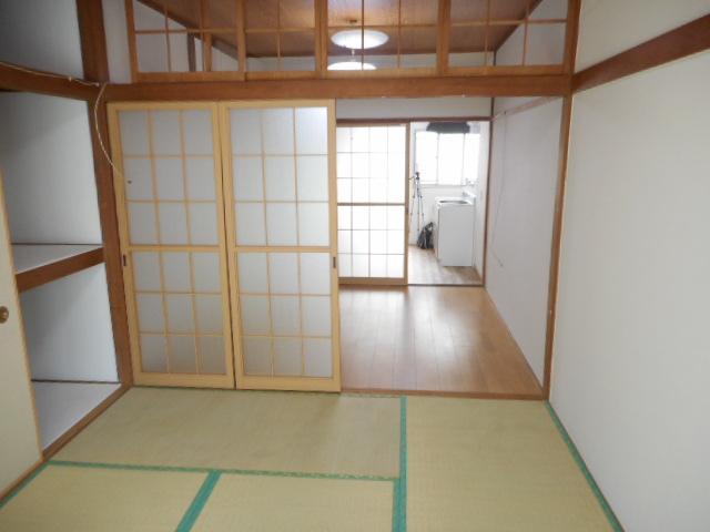 第2鈴春コーポ 103号室のリビング