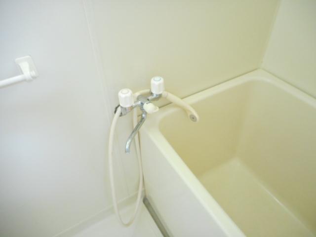 第2鈴春コーポ 103号室の風呂